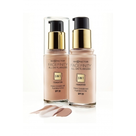 Max Factor Facefinity 3in1 Foundation Warm Almond 30ml