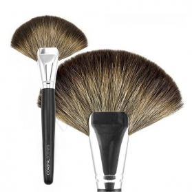 Coastal Scents Classic Fan Brush Natural